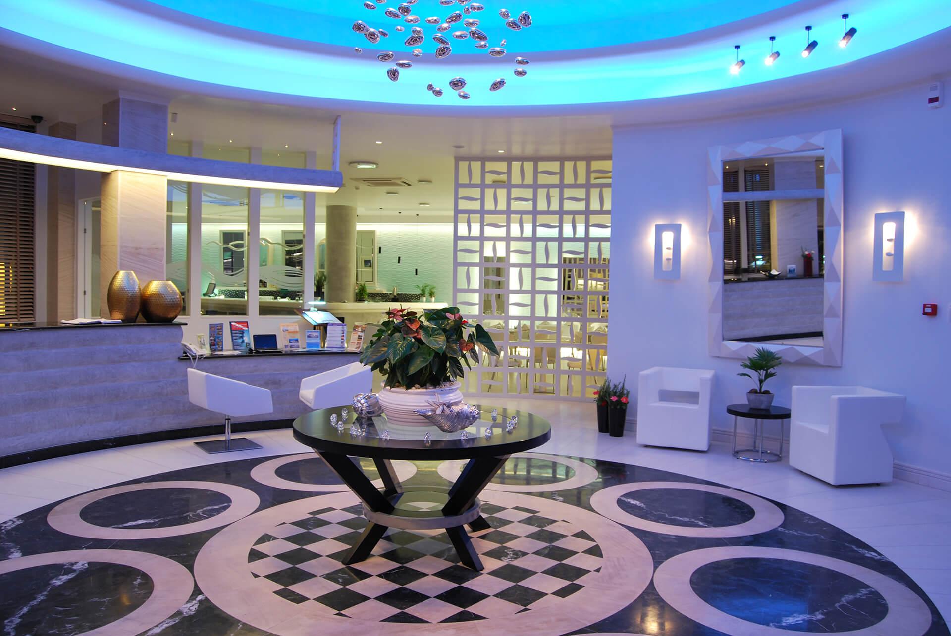 LA MER HOTEL, SANTORINI ISLAND, GREECE